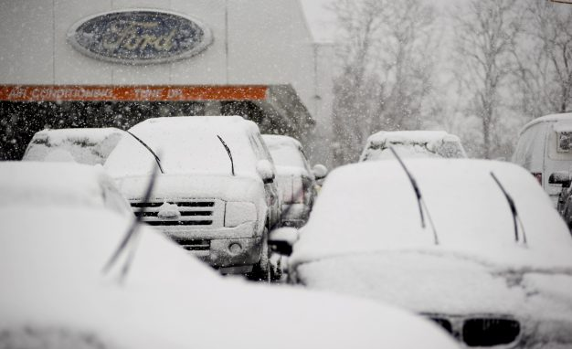 شراء السيارات في فصل الشتاء